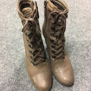 Halogen Taupe Leather Lace-up Heeled Booties 7.5